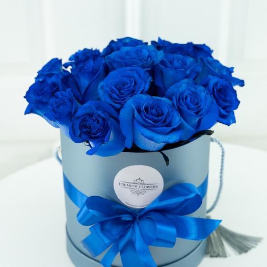 Синие розы в шляпной коробке 25 шт