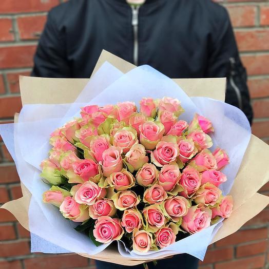 51 роза 40 см в оформление