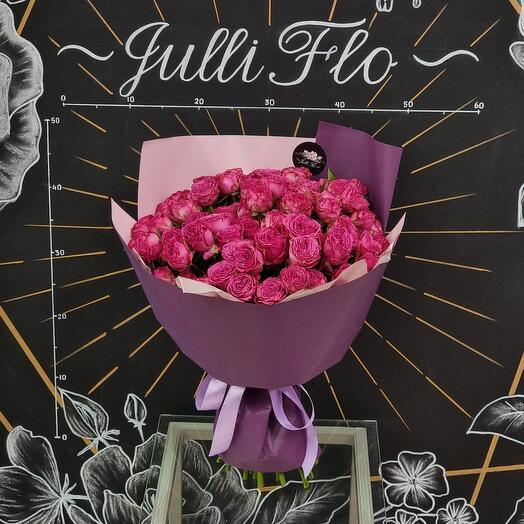 Монобукет из пионовидной розы сорта Класс Сенсейшн