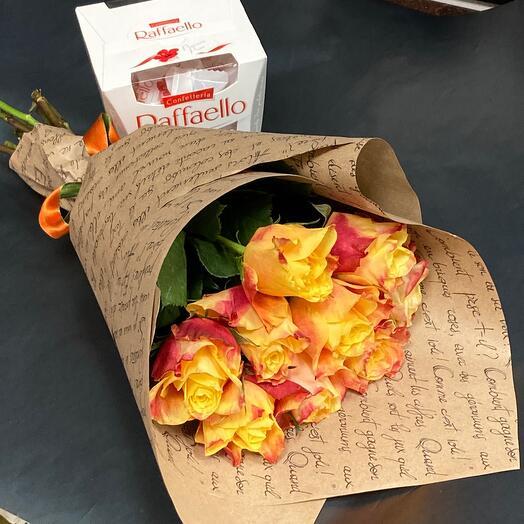 9 Роз в крафте и коробка рафаэлло ️