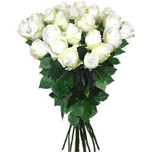 15 белых роз 80 см: букеты цветов на заказ Flowwow
