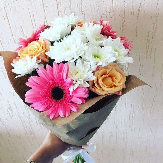 Букет из гербер, роз и хризантем: букеты цветов на заказ Flowwow