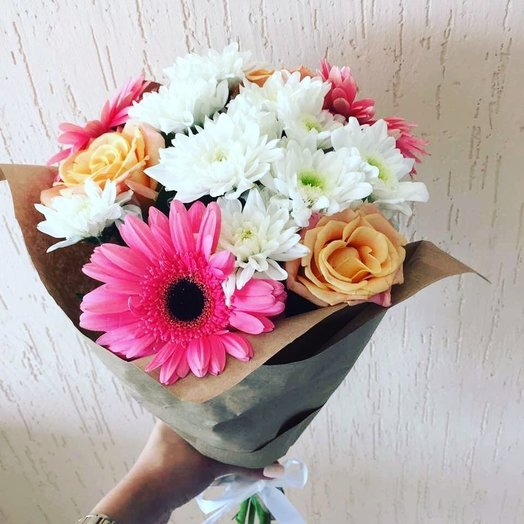 Букет из Гербер  роз хризантем: букеты цветов на заказ Flowwow