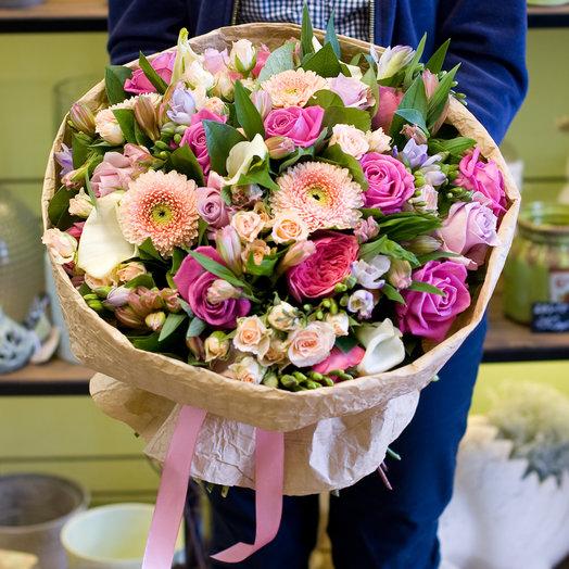 """Букет цветов """"Кремовая фуксия"""""""