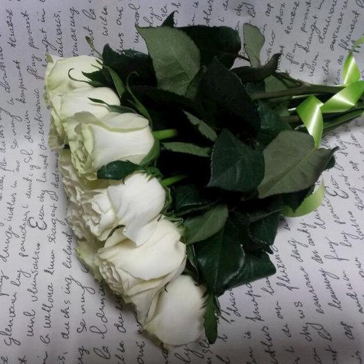 Белые розы, 11 штук