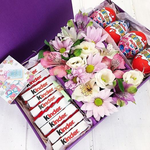 Коробочка со сладостями 3: букеты цветов на заказ Flowwow