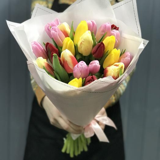 Весенняя радость. 25 тюльпанов