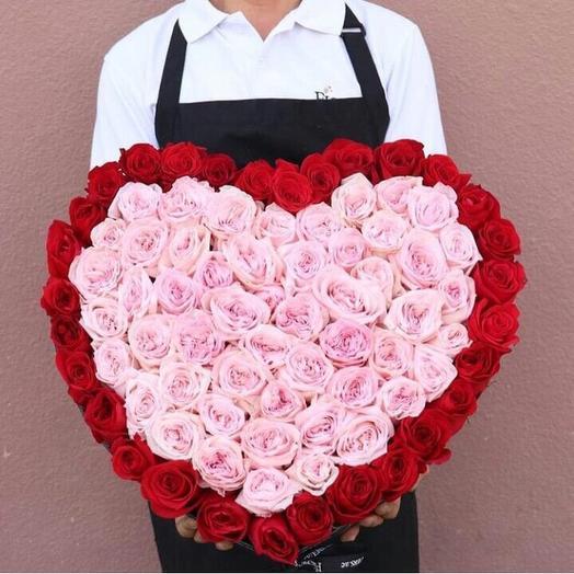 101 роза Сердцем из Пионовидной роз: букеты цветов на заказ Flowwow