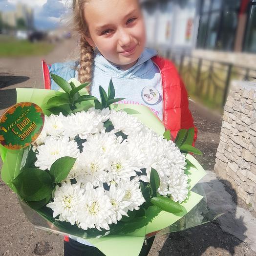 С днем знаний: букеты цветов на заказ Flowwow