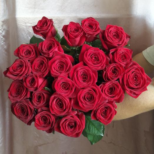 Букет из 25 бордовых роз: букеты цветов на заказ Flowwow