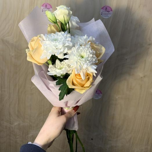 Кремовый рожок: букеты цветов на заказ Flowwow