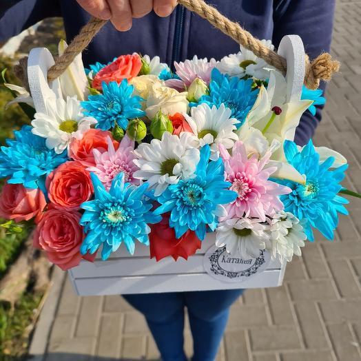 Весёлый ящик: букеты цветов на заказ Flowwow