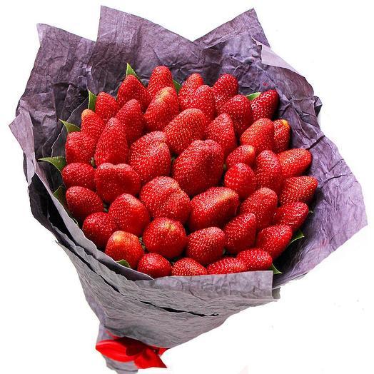Букет клубники: букеты цветов на заказ Flowwow