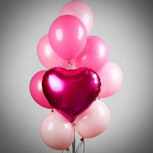 Фонтан нежно розовый с красным сердцем