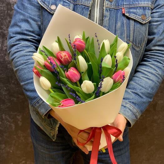 19 сортовых Тюльпанов с лавандой