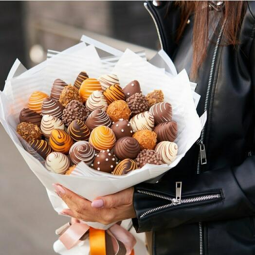 Клубника 🍓 В бельгийском молочном шоколаде 🍫 + апельсиновый вкус 🍊