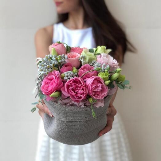Цветы в хлопковом кашпо