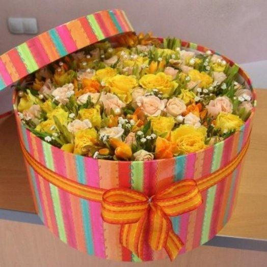 Элегантная коробочка с цветами