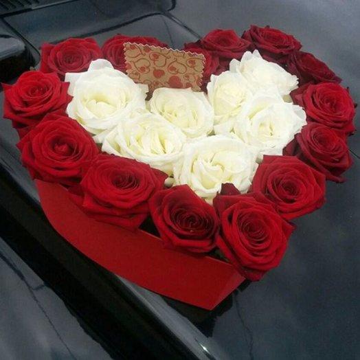 Коробка  Страстная любовь: букеты цветов на заказ Flowwow