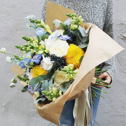 Солнечный букет с дельфиниумом: букеты цветов на заказ Flowwow