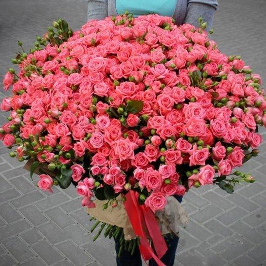Букет из 101 розовой кустовой розы 60 см: букеты цветов на заказ Flowwow