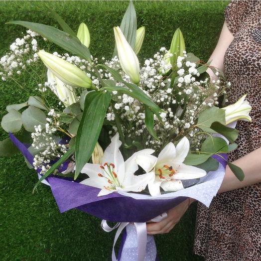 ЛИЛИИ в снегу: букеты цветов на заказ Flowwow