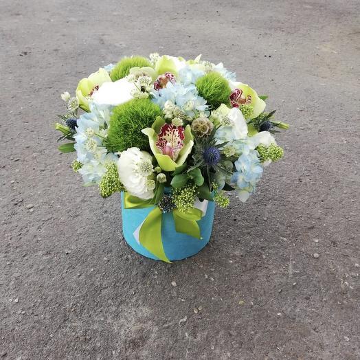 На лужайке: букеты цветов на заказ Flowwow