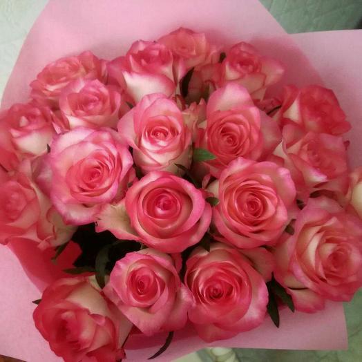 Букет нежность из двухцветных роз