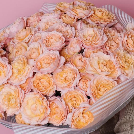 Потрясающий букет из роз Джульетта