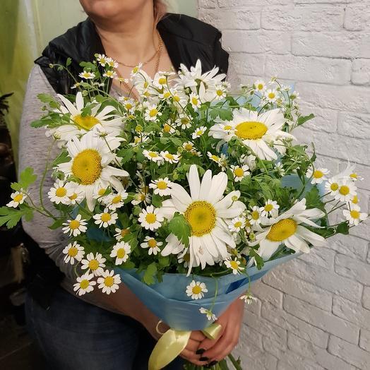Ромашковый микс по супер цене: букеты цветов на заказ Flowwow