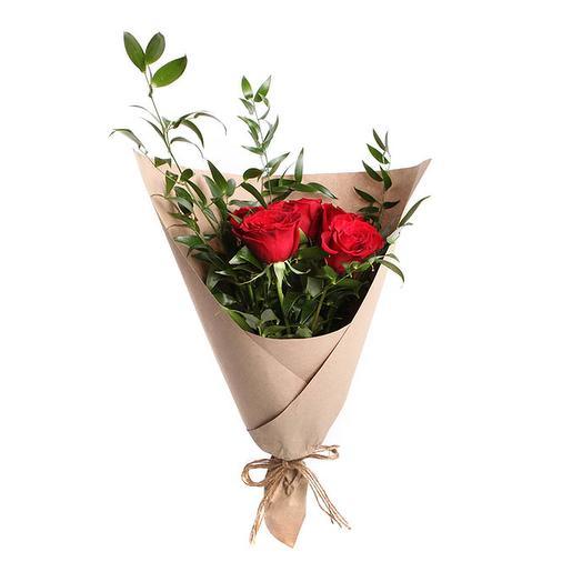 Букет Алая песня: букеты цветов на заказ Flowwow
