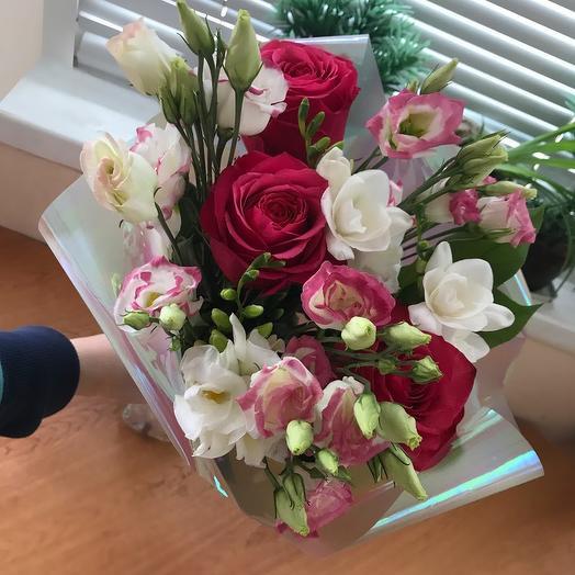 С днём знаний: букеты цветов на заказ Flowwow