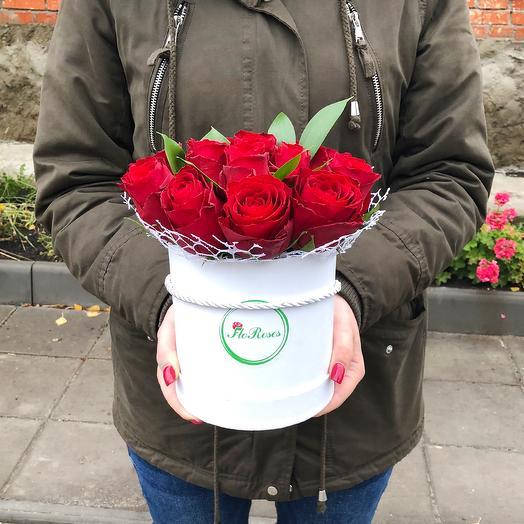 """Шляпная коробка """"Красная шапочка"""": букеты цветов на заказ Flowwow"""