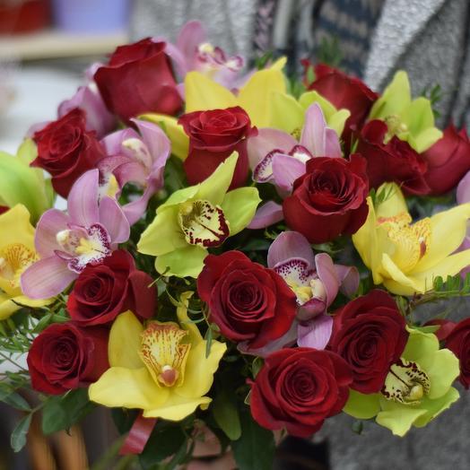 Большой букет из фридома и орхидей: букеты цветов на заказ Flowwow