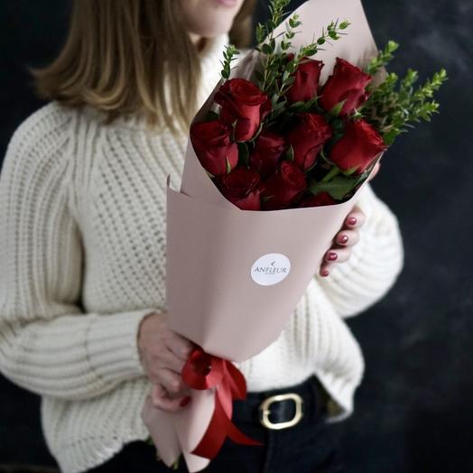 Букет-комплимент из голландских красных роз: букеты цветов на заказ Flowwow