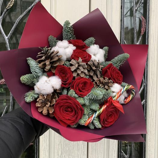 Новогодняя красота: букеты цветов на заказ Flowwow