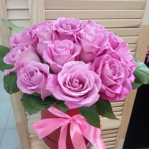 15 роз в шляпной коробке