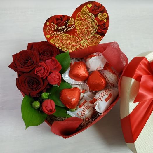 Сердце любви М: букеты цветов на заказ Flowwow