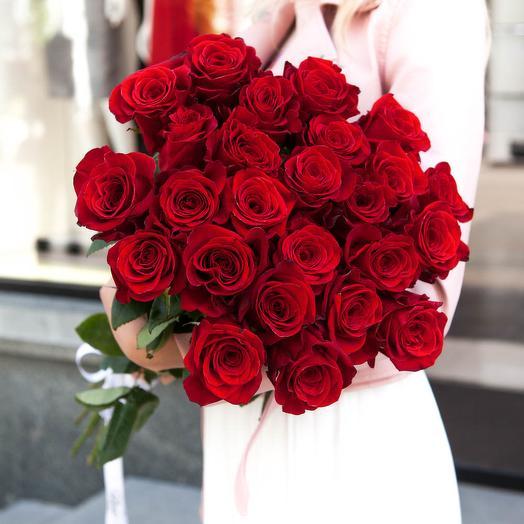 Букет красных роз -25 шт