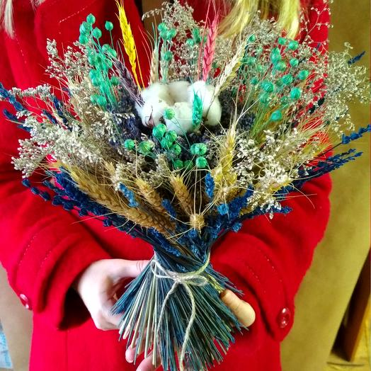Букет лаванды со злаками и сухоцветами