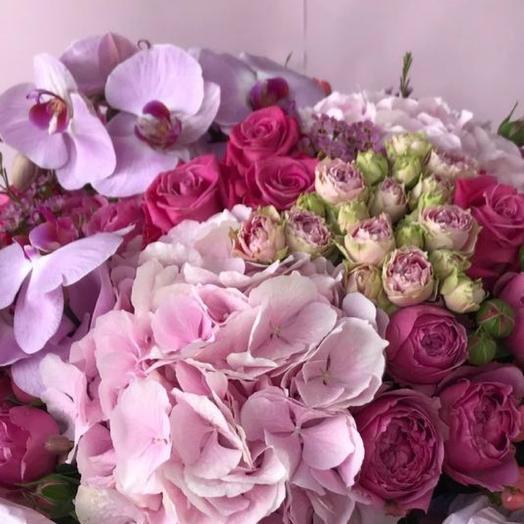 Роскошный букет с орхидеей: букеты цветов на заказ Flowwow