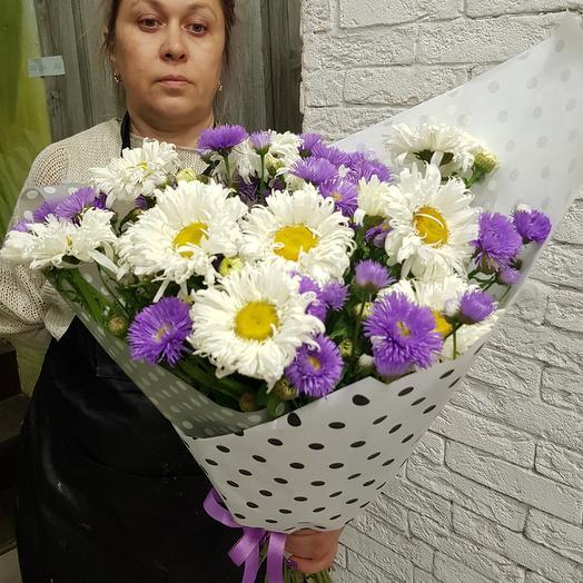 Летний букет с махровыми ромашками: букеты цветов на заказ Flowwow