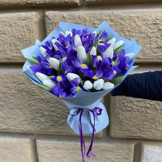 Ирис и тюльпаны