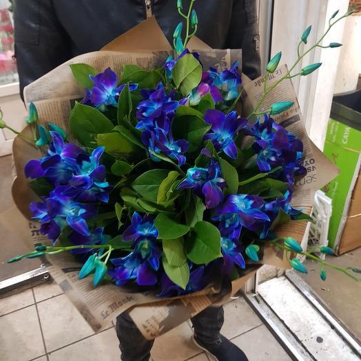 Букет из орхидея синий