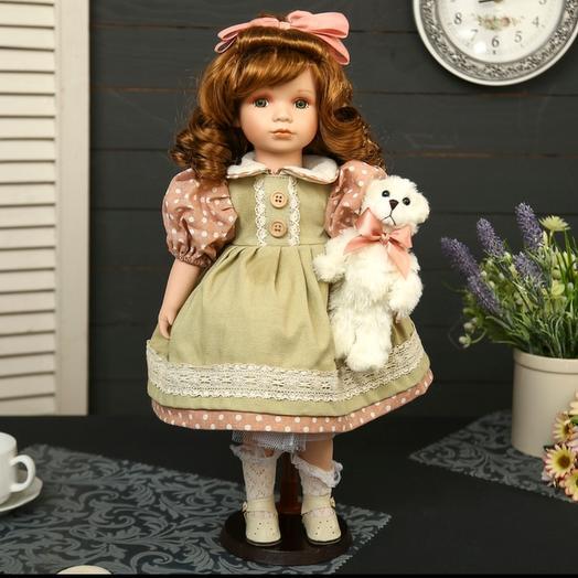 Коллекционная кукла в коробке