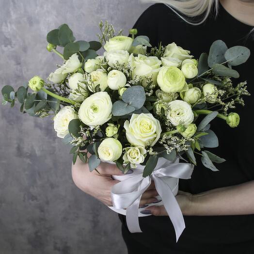 Коробка с цветами «Маршмеллоу»