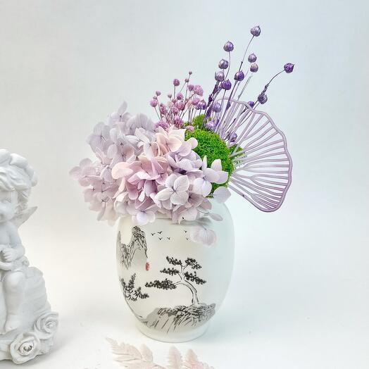 Китайская ваза с гортензией