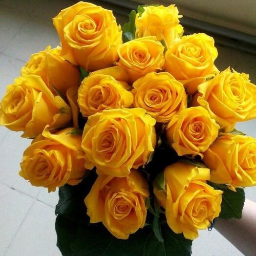 15 ярких роз