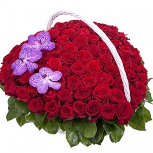 Корзина Люблю: букеты цветов на заказ Flowwow