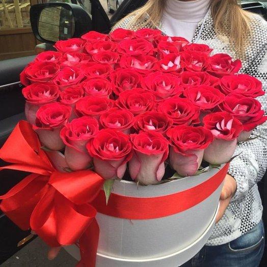Шляпная Коробка Чудо: букеты цветов на заказ Flowwow